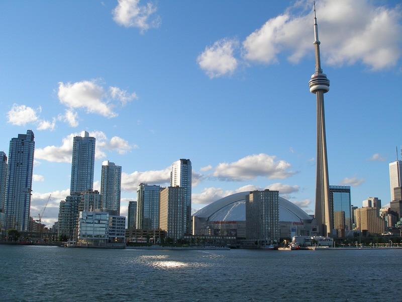 Foto 1 - CN Toronto