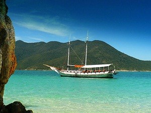 Foto 1 - Passeio de barco