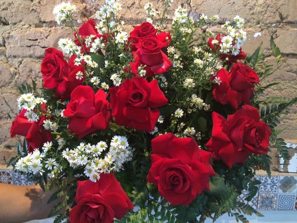 Foto 1 - Buquê 12 Rosas Vermelhas