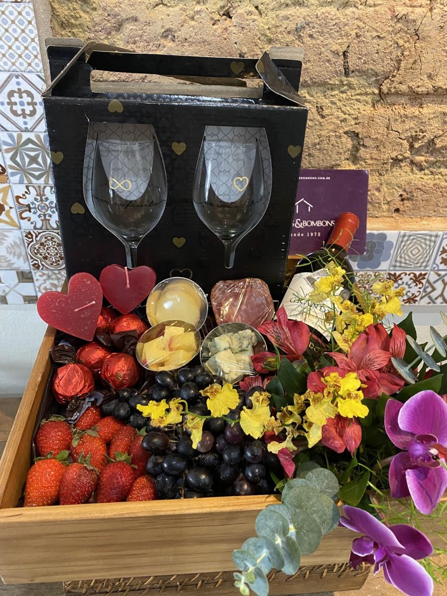 Foto 1 - Orquídea Vinho e Frios