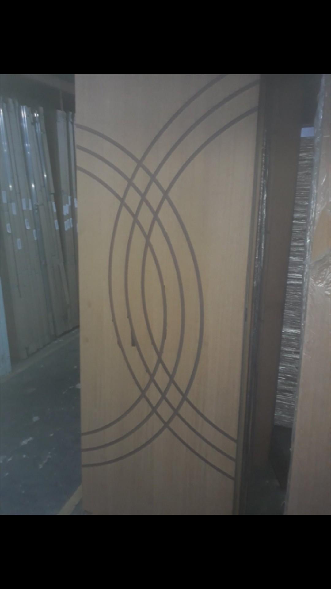 Foto8 - Outlet Portas DECORADAS vários modelos