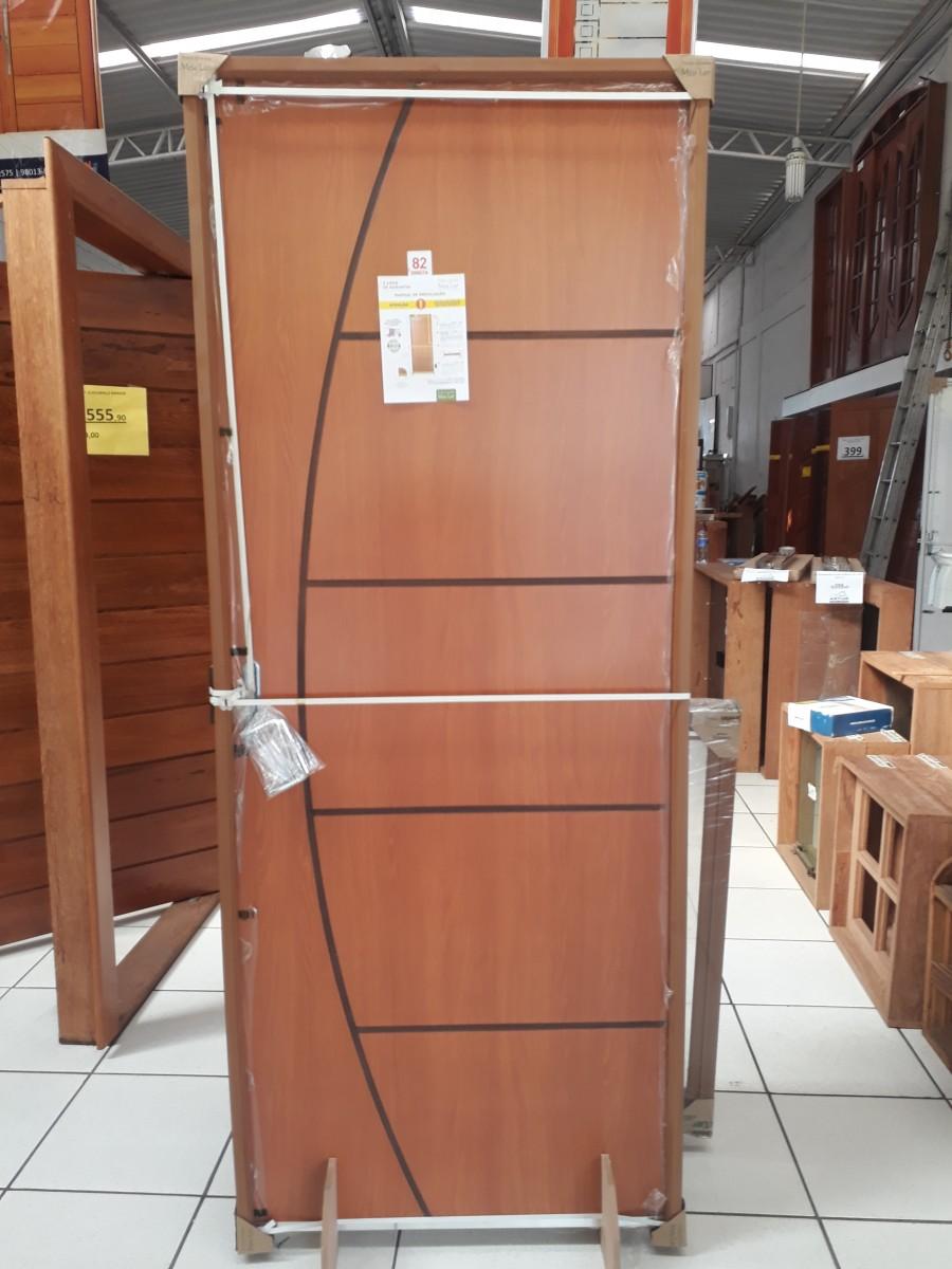 Foto 1 - Porta Completa DECORADA Marco PVC
