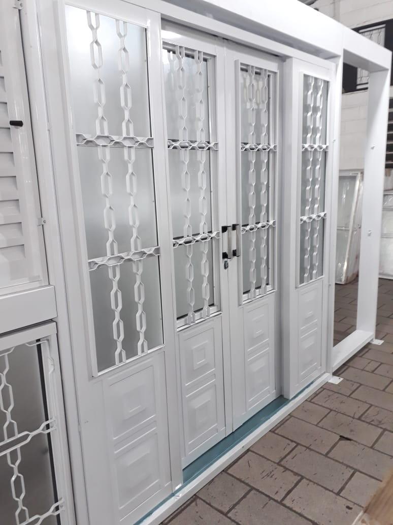 Foto2 - Porta social de correr 4 folhas Casa Branca