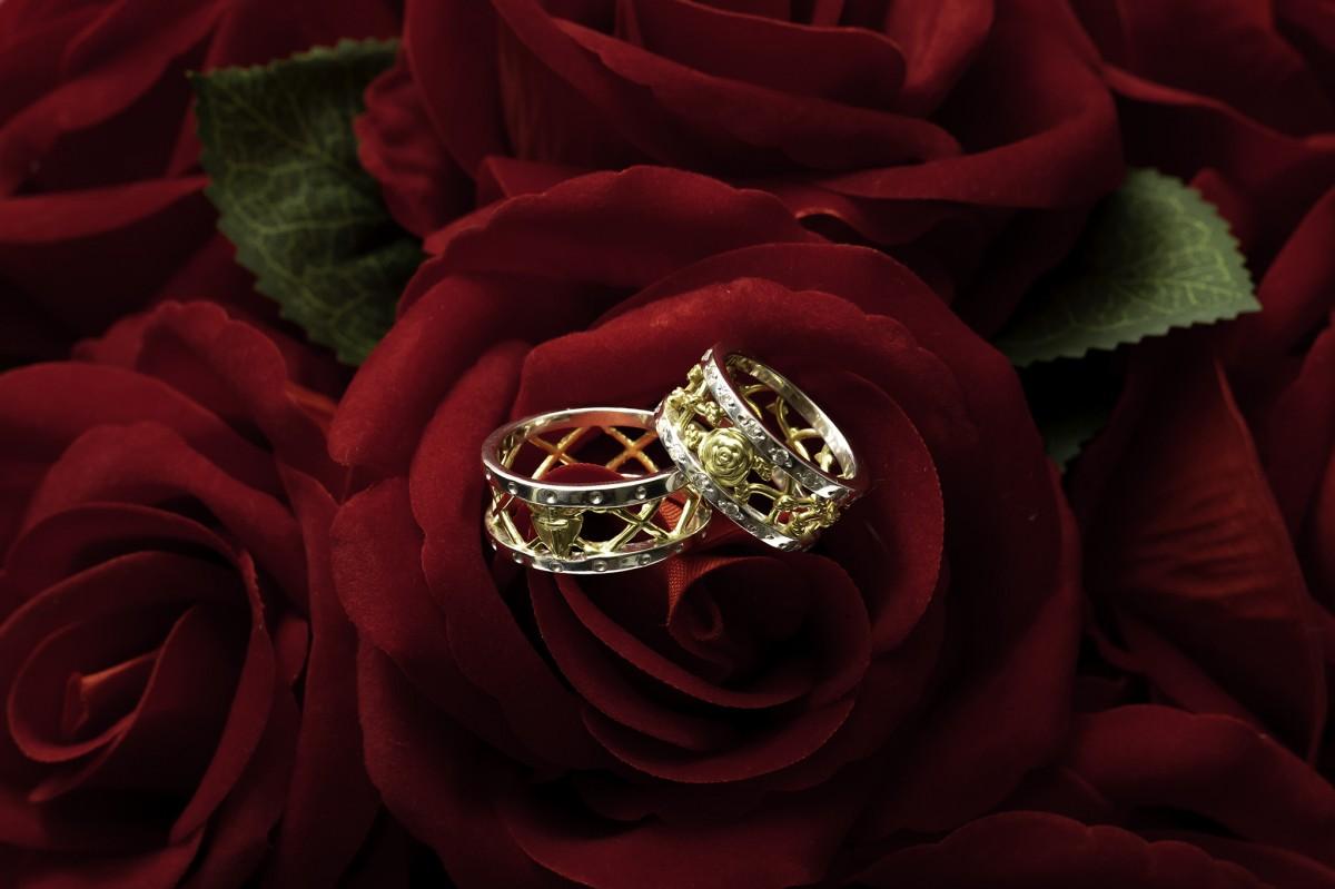 Foto4 - Aliança de Casamento em Ouro 18K linha Only Love com diamantes