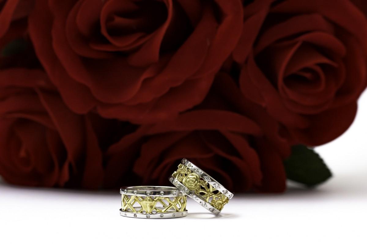 Foto2 - Aliança de Casamento em Ouro 18K linha Only Love com diamantes