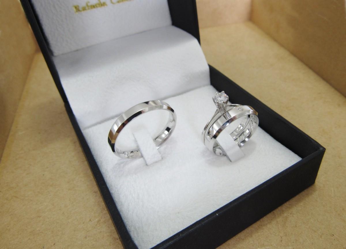 Foto2 - Alianças em Prata 950 Rafaela (7g 4mm) com anel solitário