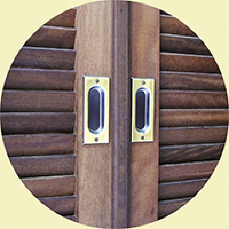 Foto3 - Concha para Janelas Latão Oxidado Dourado União Mundial