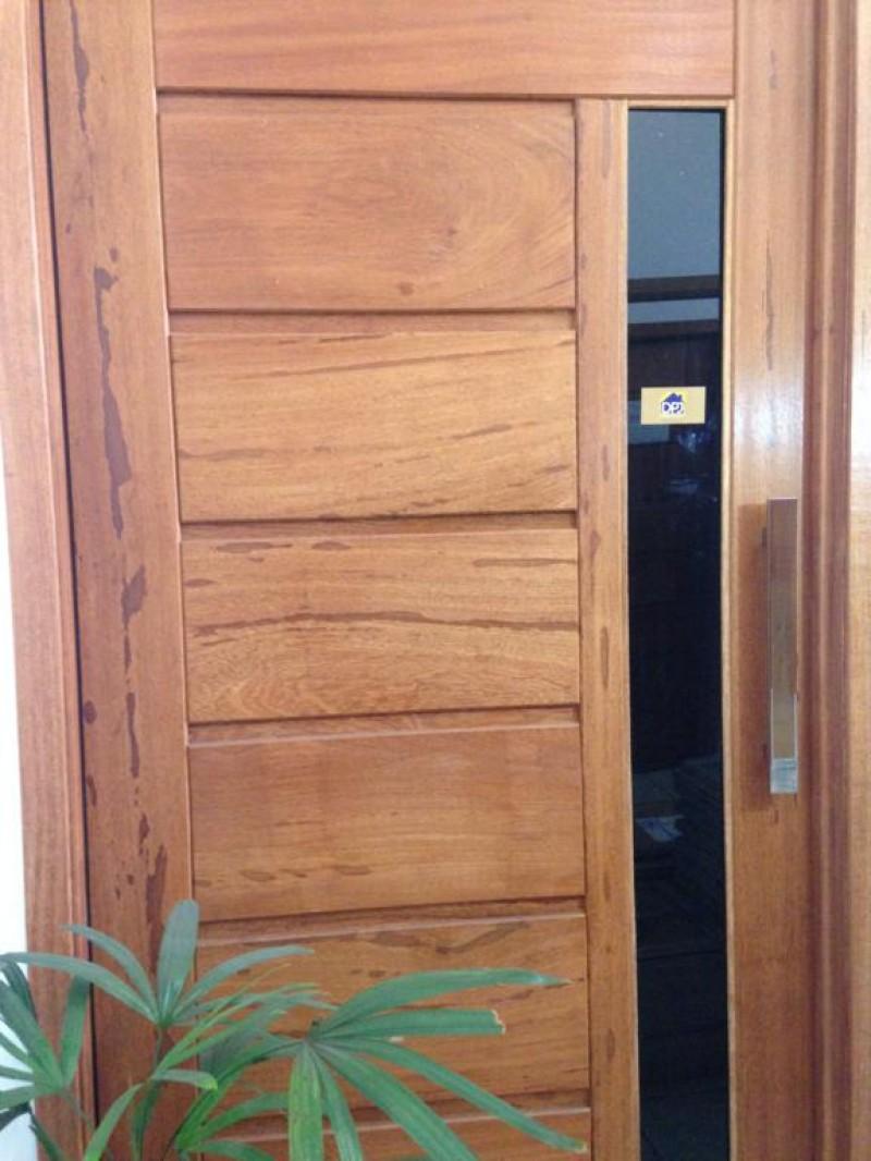 Foto 1 - Puxador Para Porta Duplo Plano em Aluminio Cromado