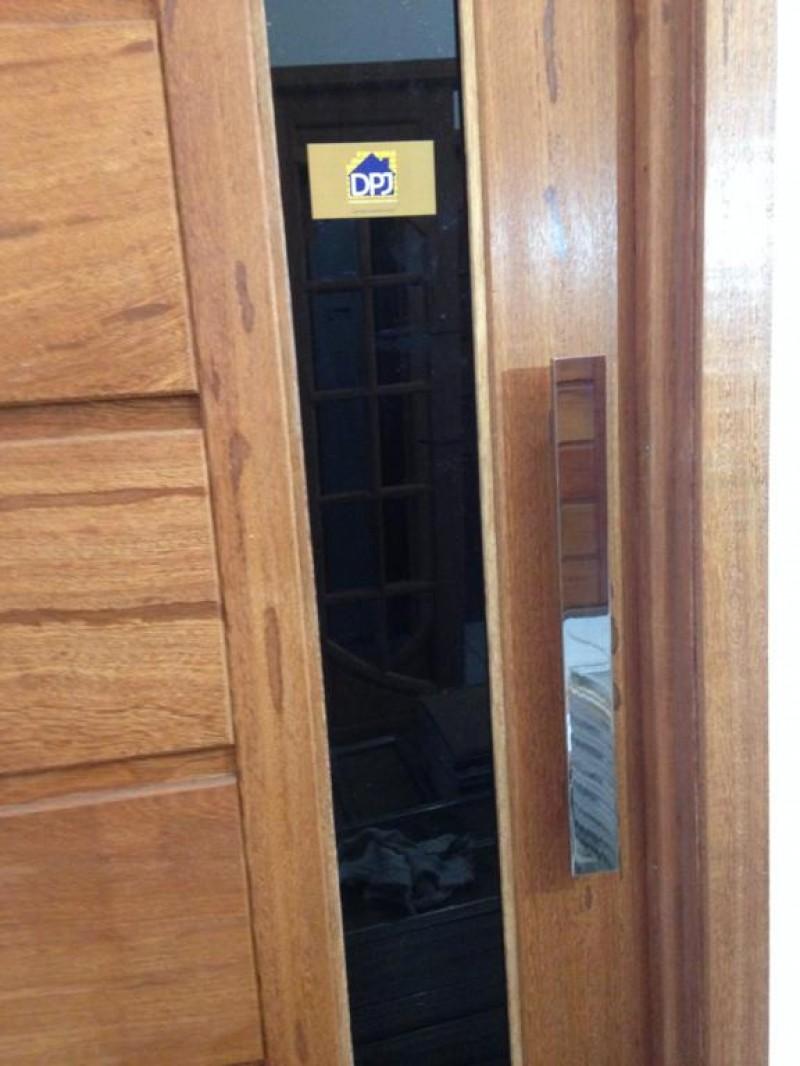 Foto3 - Puxador Para Porta Duplo Plano em Aluminio Cromado