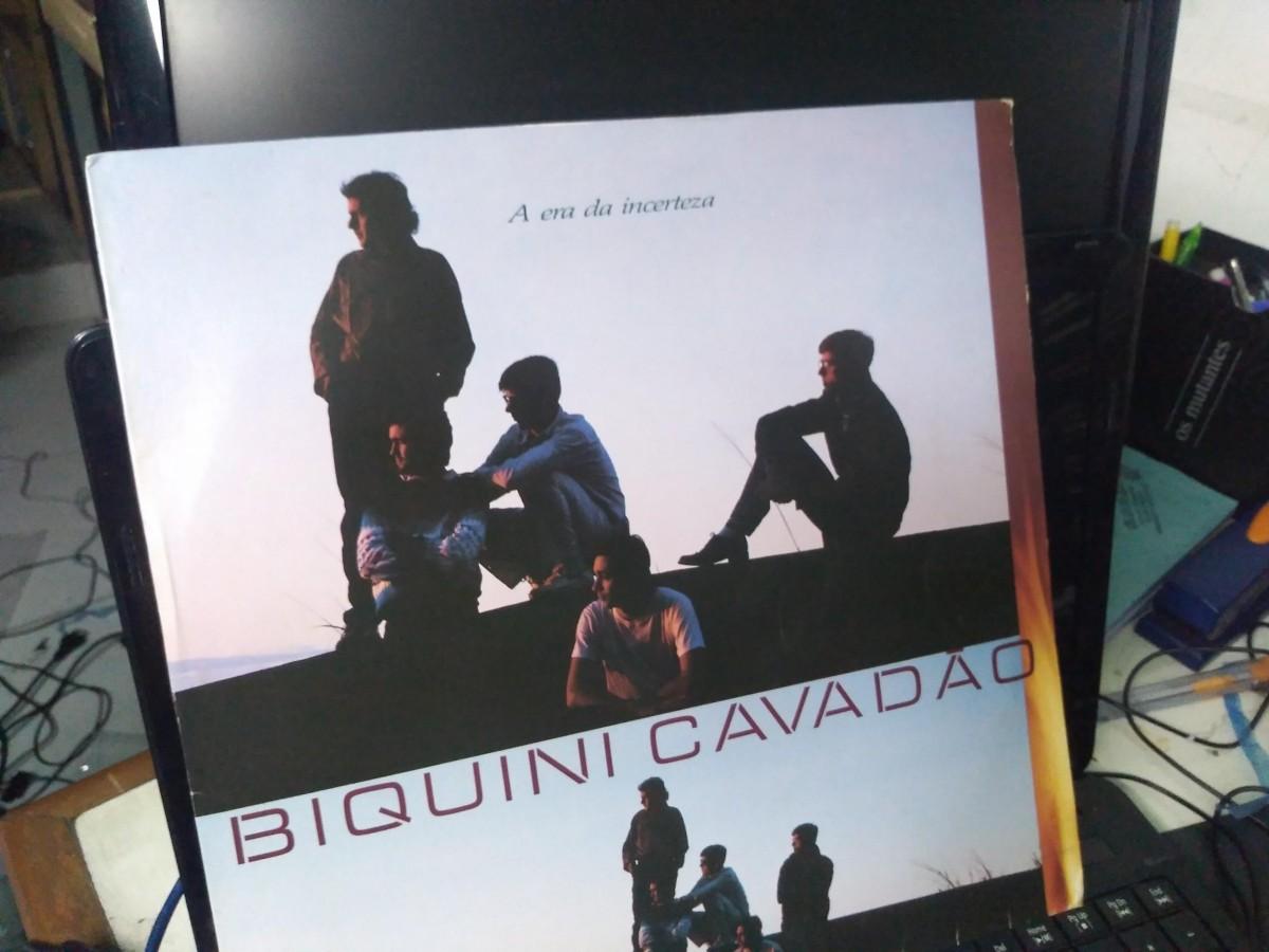 Foto 1 - BIQUINI CAVADÃO, LP A Era da Incerteza, Polydor-1987 novinho com encarte