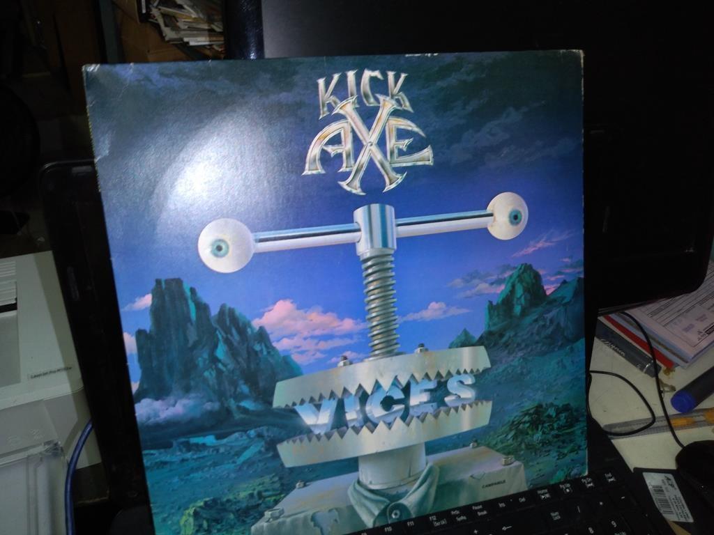 Foto 1 - KICK AXE, LP Vices, Columbia-1984 nacional
