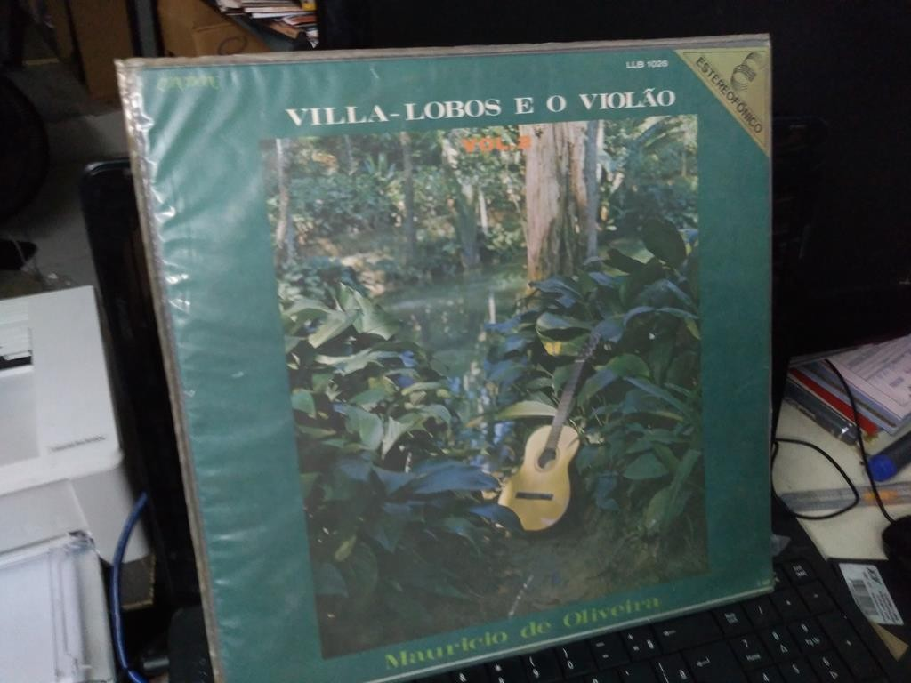 Foto 1 - MAURÍCIO DE OLIVEIRA, Lp Villa-Lobos e O Violão Vol.2, 1972