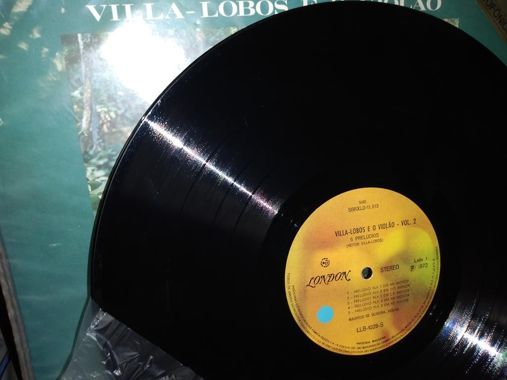 Foto2 - MAURÍCIO DE OLIVEIRA, Lp Villa-Lobos e O Violão Vol.2, 1972