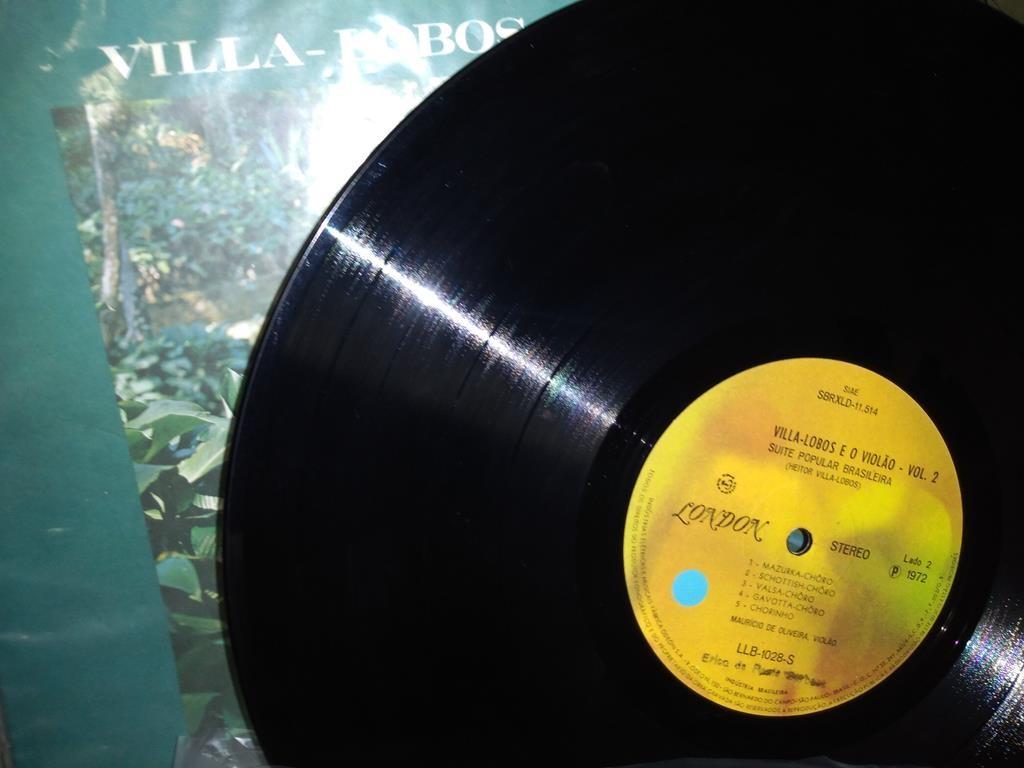 Foto4 - MAURÍCIO DE OLIVEIRA, Lp Villa-Lobos e O Violão Vol.2, 1972