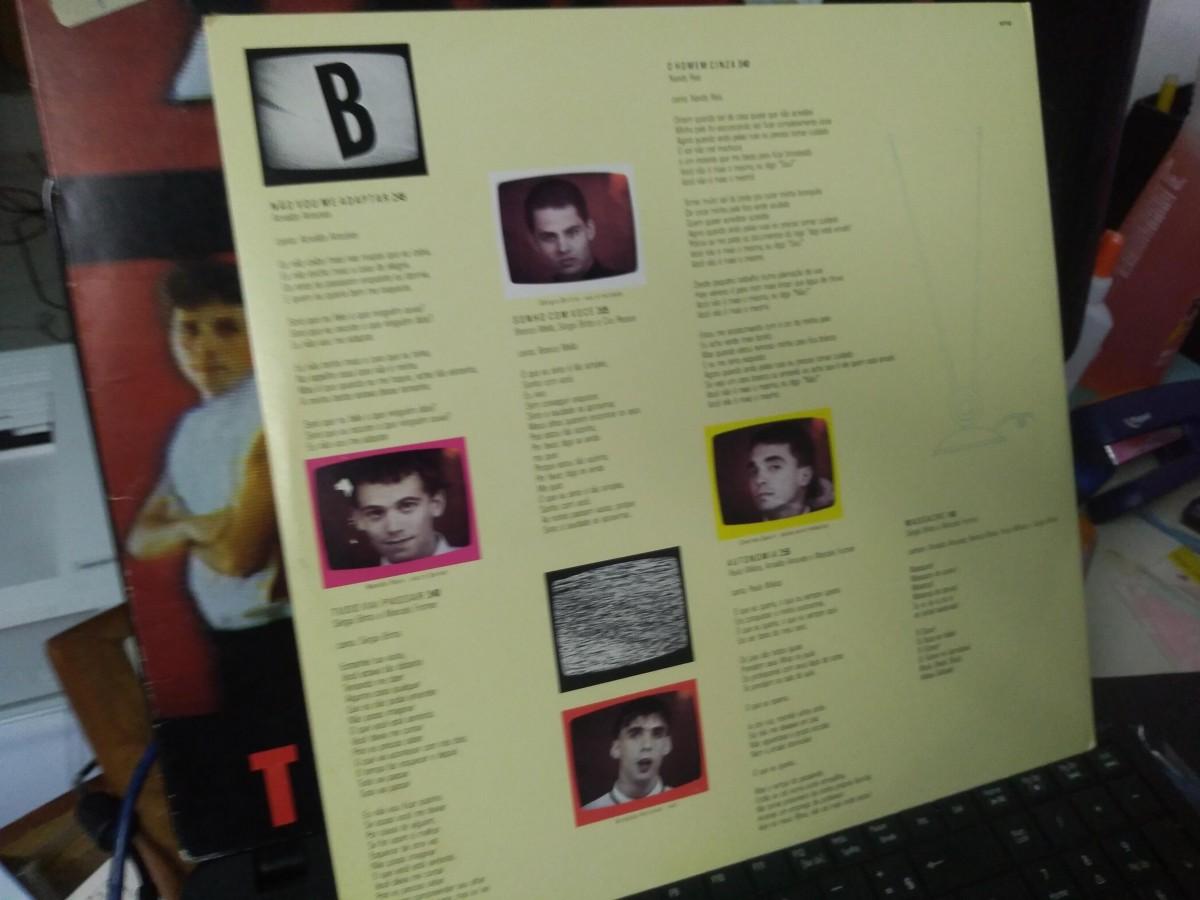 Foto2 - TITÃS, LP Televisão, Warner-1985 reedição 1989 com envelope interno e tudo zero km.
