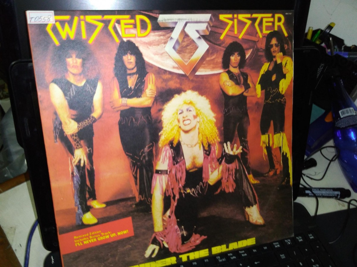 Foto 1 - TWISTER SISTER (dee snider), LP Under The Blade, Atlantic-1982 zero km