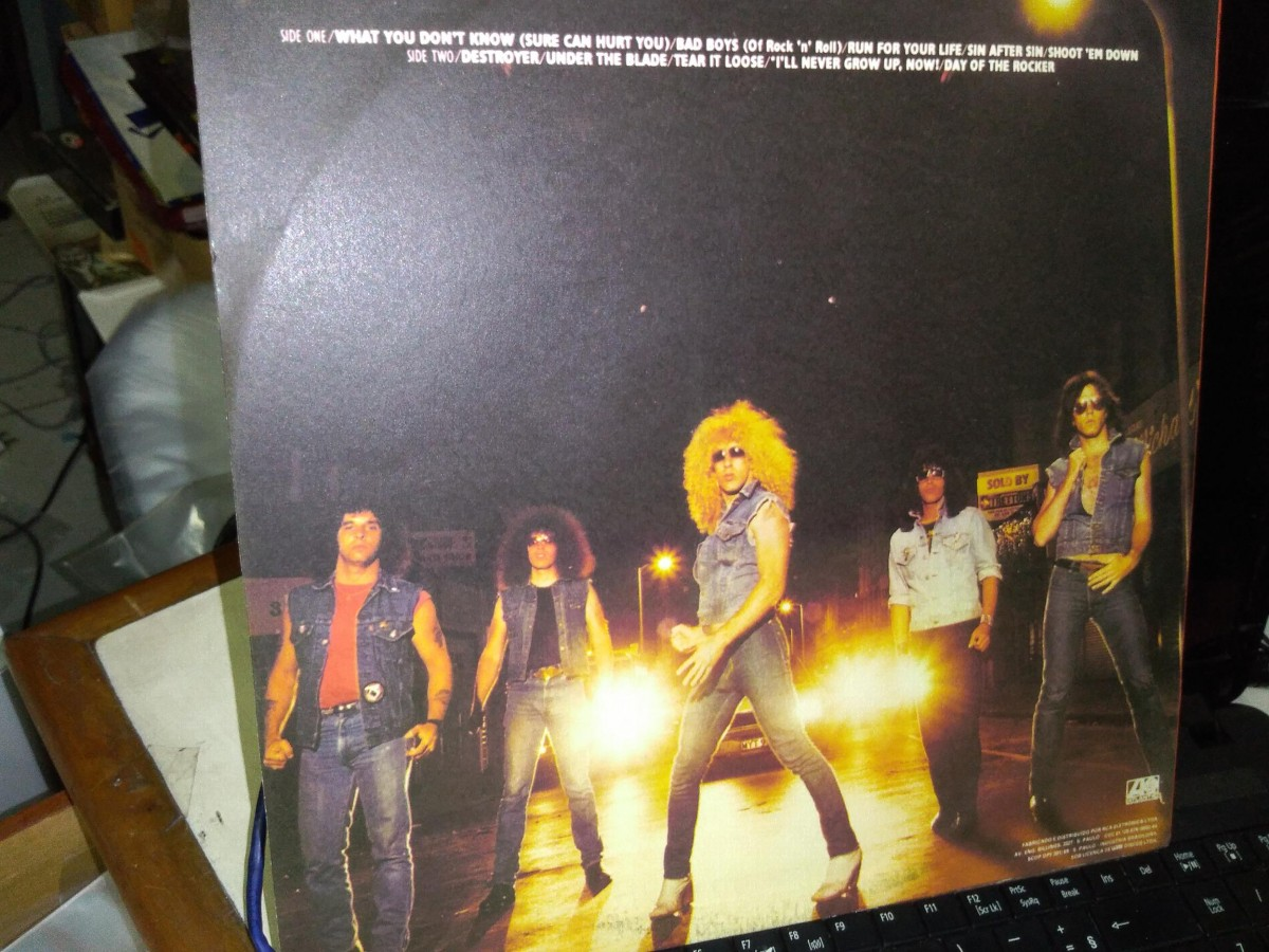 Foto2 - TWISTER SISTER (dee snider), LP Under The Blade, Atlantic-1982 zero km