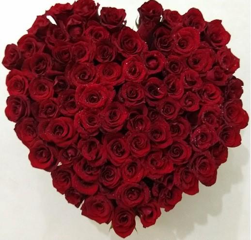 Foto 1 - Coração de Rosas
