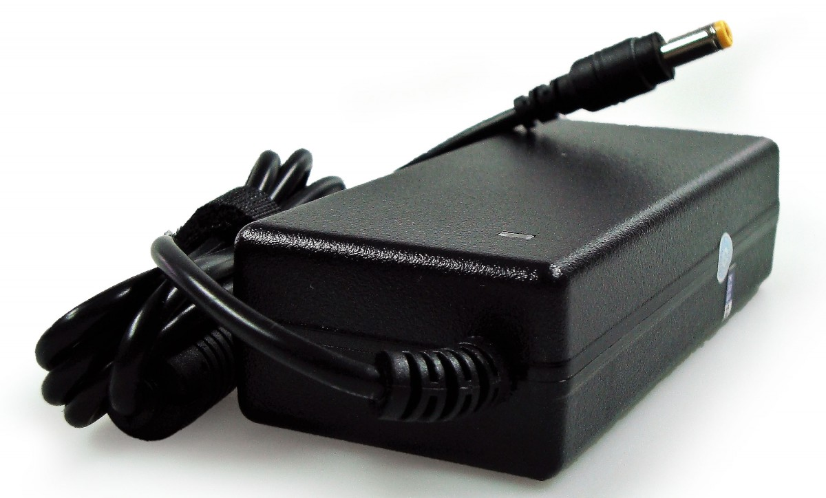 Foto 1 - Fonte Carregador Notebook Acer 19v 3.42a 4540 4553 4736 5750