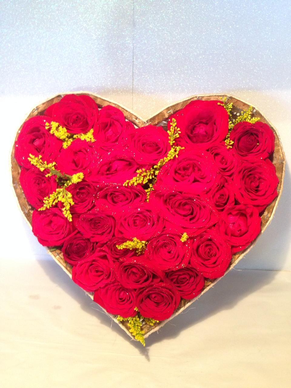 Foto 1 - Arranjo Coração Floral