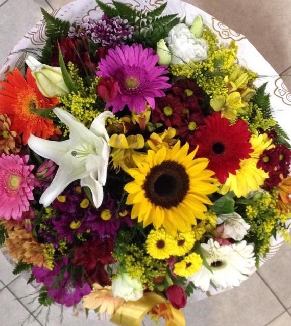 Foto2 - Buquê Tropical Flores Selecionadas